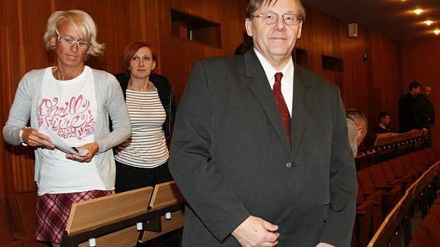 Kandidátem na rektora UJEP se stal René Wokoun.