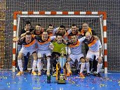 Futsalisté Combixu Ústí ovládli potřetí v řadě okresní pohár.