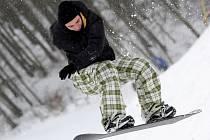 Milovníci lyžování a snowboardu se konečně dočkali.