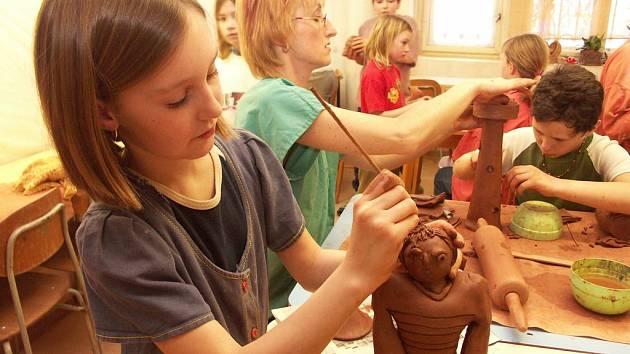 Výtvarné práce v Domě dětí a mládeže