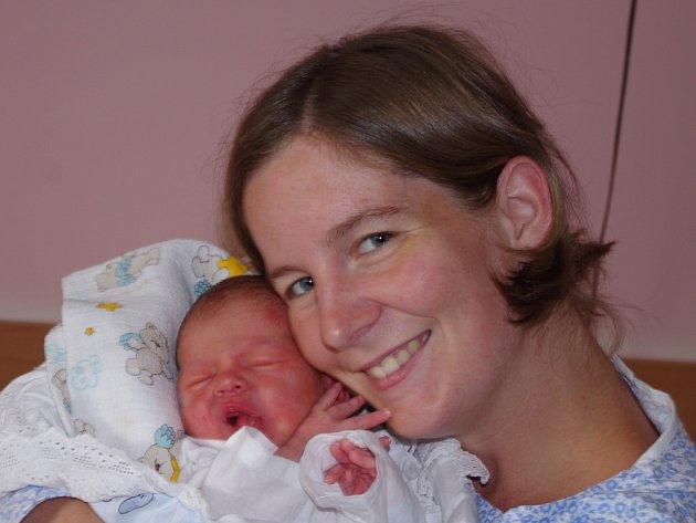 Klára Vacková,  porodila v ústecké porodnici dne 8. 8. 2012 (11.32) syna Zdeňka (48 cm, 3,7 kg).