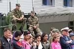 Dopoledne plné nadšení a vzrušení zažilo na pět stovek dětí při ukázkách zásahů.