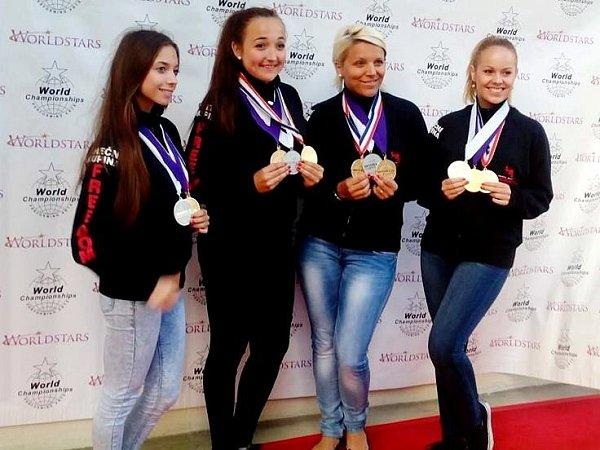 Tanečnice zÚstí přivezly zprestižní soutěže talentů medaile.