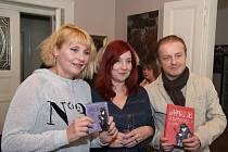 Knihu o Amélii pokřtili Veronika Gajerová, Petra Neomillnerová a Pavel Šporcl.