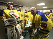 Sedmdesátou hokejovou sezonu oslavil ústecký Slovan utkáním hvězd.