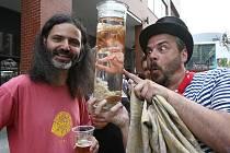 Ústečané se v horkém počasí osvěžovali pivem