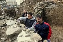 Na pozemku pod Hraničářem, kde má stát obchodně–administrativní komplex CPI City Center, nyní probíhají výkopové práce pro archeologický průzkum