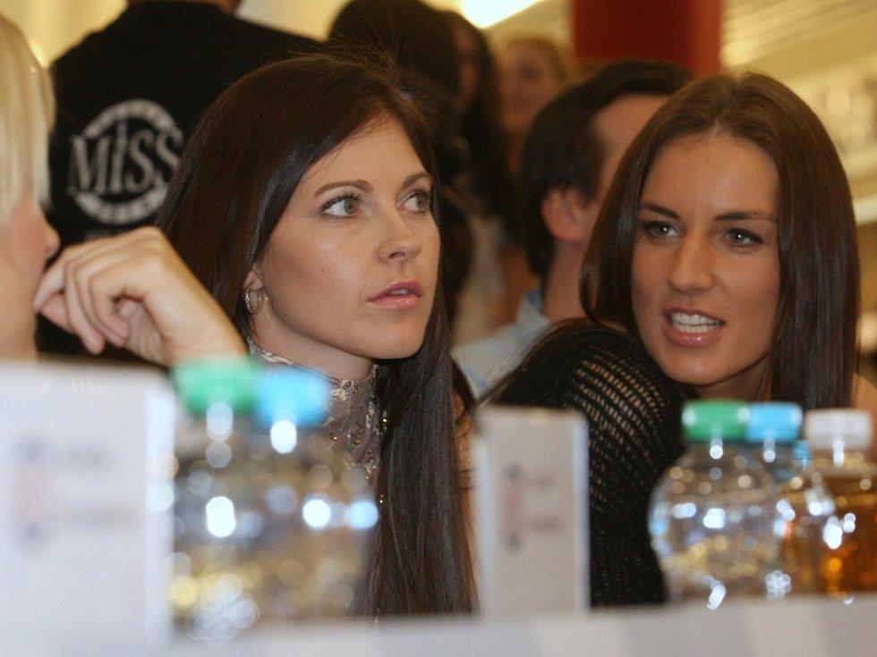 Lenka Kocmanová Taussigová a Lucie Králová.