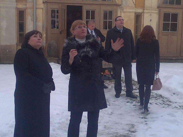 Ivana Zemanová při prohlídce Lorety Rumburk.