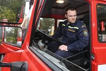 Hasiče v Chlumci doveze k zásahu úplně nová Tatra.