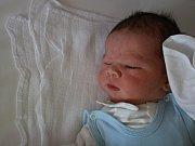 Antonín Ebr se narodil v ústecké porodnici 15. 6. 2017(0.15) Anděle Ebrové. Měřil 55 cm, vážil 4,51 kg.