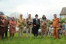 V sobotu odpoledne se sešli vBrné u kapličky a vsousední hospodě už popáté obdivovatelé všech hrdinů Karla Maye.