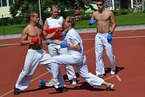 Karatistka Zuzana Teufelová, závodnice SKR Sport Union, se o prázdninách poctivě připravovala pro vstup do reprezentace České  republiky a bude i želízkem oddílu v boji o medaile.