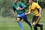 Fotbalisté Chabařovic B (zeleno-modří) porazili Telnici 3:2 po penaltách.