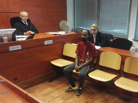 František Rajz obviněný z pokusu o vraždu dostal u ústeckého krajského soudu tři roky vězení s podmíněným odkladem na pět let.