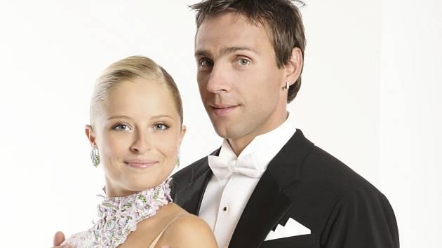 Kristýna Coufalová a Roman Vojtek vyhráli 1. ročník StarDance. Na plesy je zvou dodnes.