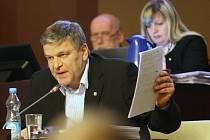 Rada Ústí nad Labem vypíše výběrové řízení na ředitele nově vzniklé příspěvkové organizace Činoherní studio města Ústí nad Labem.