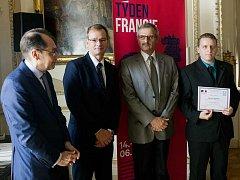 Daniel Bůžek, doktorand Fakulty životního prostředí UJEP, obdržel prestižní cenu.