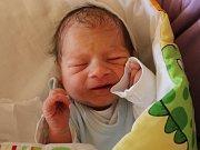 Cristian Anton se narodil v ústecké porodnici 28. 3. 2017 (3.46) Janě Antonové. Měřil 48 cm, vážil 3,15 kg.
