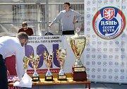 Ústečtí Berani (modrobílí) porazili Ještěry Ústí (černo-bílo-zelení) i ve třetím finálovém utkání a jsou vítězi 2. ligy sever 2019.