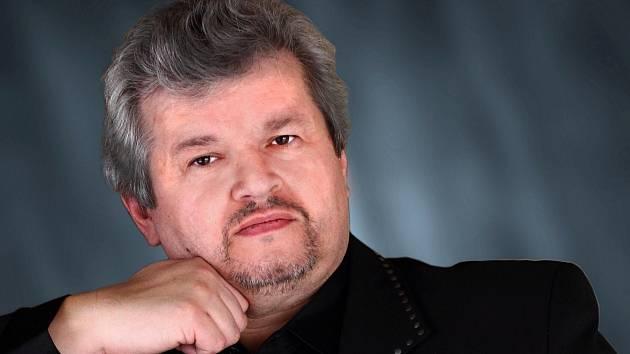 Miloš Formáček, ředitel Severočeského divadla v Ústí