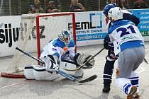 Hokejbalisté ústecké Elby skončili po podzimní části soutěže na čtvrtém místě nejvyšší soutěže.