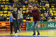 Basketbalové utkání mezi Slunetou Ústí nad Labem a Vídní.