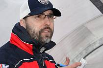 Trenér hokejbalistů Elby DDM Milan Jelen.