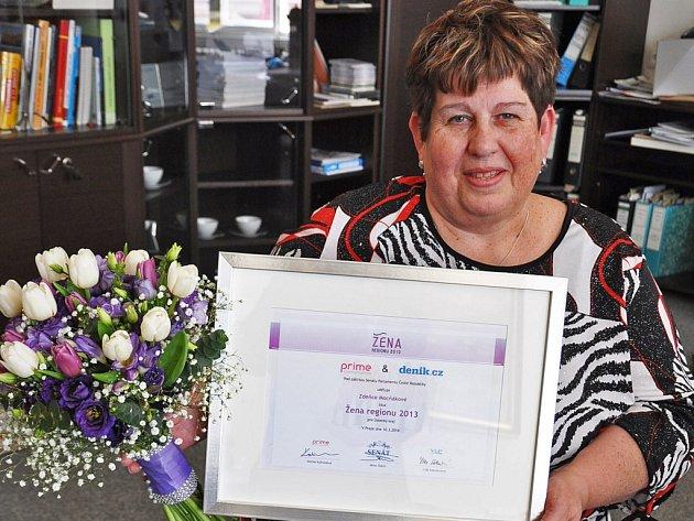 Zdeňka Mocňáková, předsedkyně lounské okresní organizace Svazu tělesně postižených v České republice, je Ženou regionu 2013 Ústeckého kraje.