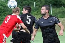 Fotbalisté Brné (v černém) doma porazili Srbice.