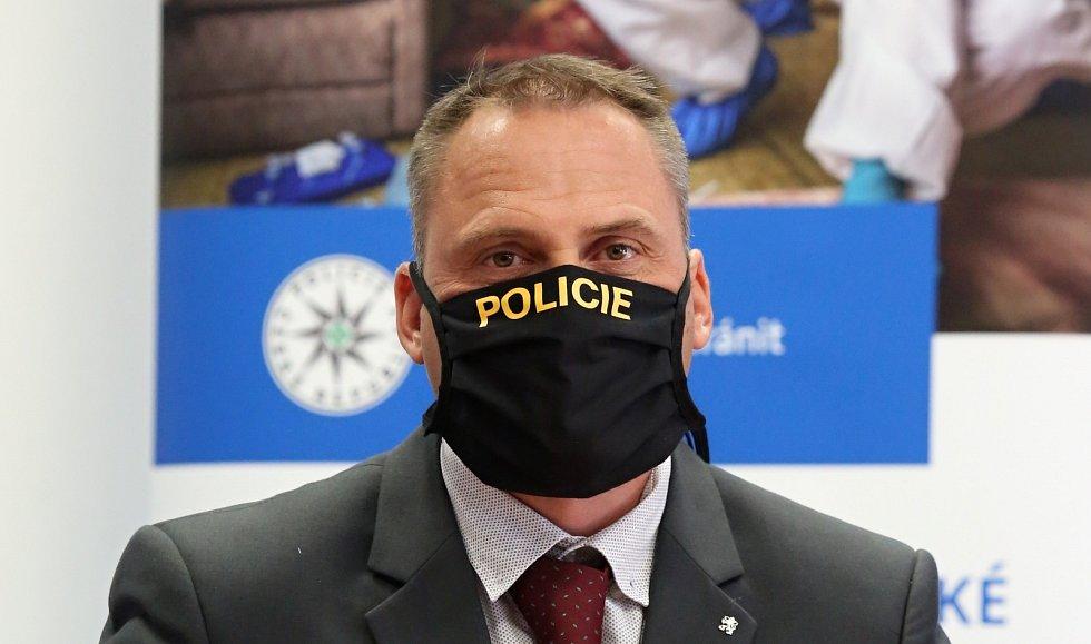 Tisková konference policie ke kriminalitě v době nouzového stavu