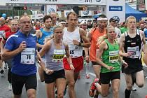 Prvního Ústeckého půlmaratonu se zúčastnilo na 1 250 běžců. Letos organizátoři plánují kapacitu závodu ještě výrazně navýšit. O průběh závodu Spolchemie účastníci nepřijdou.
