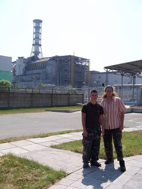 Šimon Dvořák (vlevo) v Černobylu