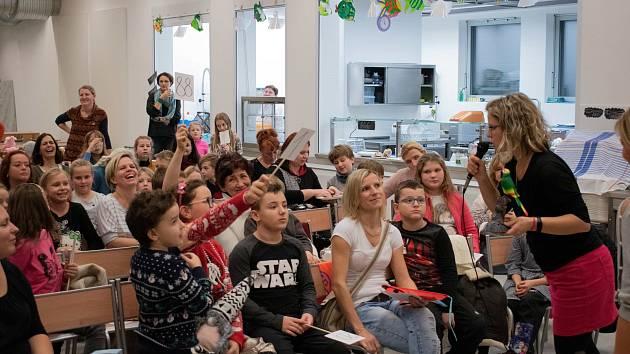 Žáci z Velkého Března podpořili svého kamaráda Martínka Fun dražbou.