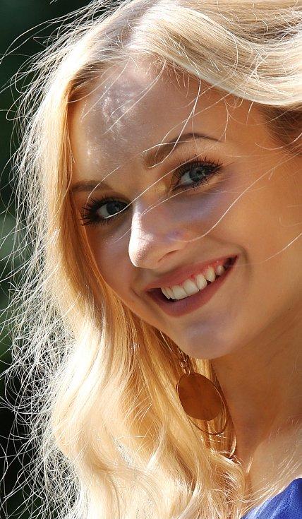 Natálie Bílá, 18 let, rodilá Ústečanka.