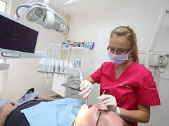 V Ústí nad Labem-Střekově otevřeli novou špičkově vybavenou zubní ambulanci.