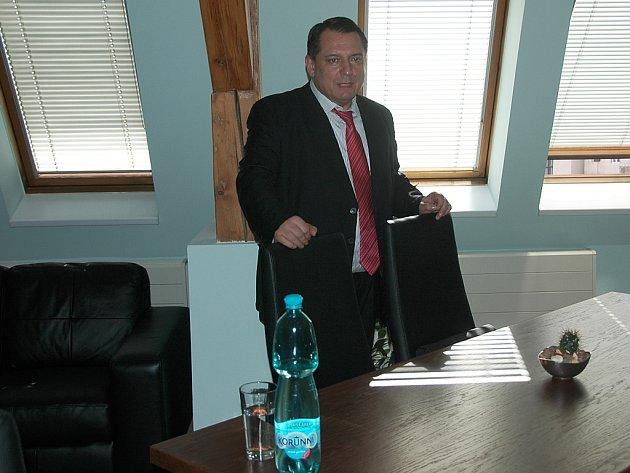 Vedení strany (NS LEV 21) má novou krajskou kancelář přímo v centru města.