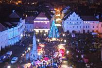 Rozsvícení vánočního stromu je na náměstí Svobody v Žatci naplánováno na 1. prosince.