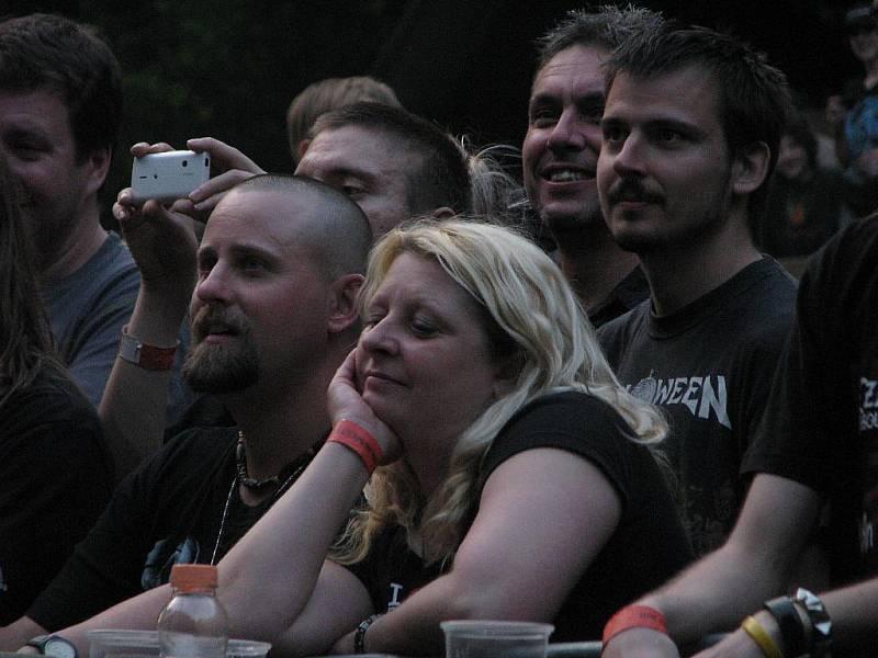 Miladafest bavil Ústečany v letním kině