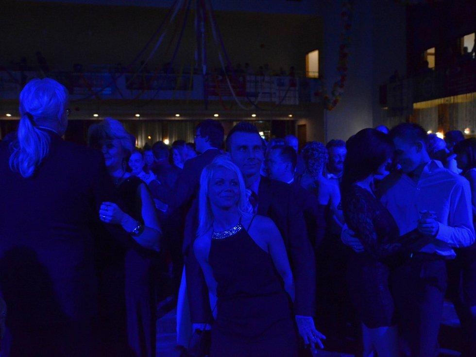 XVIII. Ples všech Ústečanů.