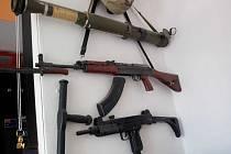 ÚZSVM v Ústí nad Labem předal policii zbraně z odúmrti