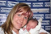 Hana Valentová, porodila v ústecké porodnici dne 29. 7. 2010 (9.35) dceru Kamilku (50 cm, 3,28 kg).
