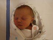 Nikolka Šindlerová se narodila v ústecké porodnici 18.6. 2017 (11.25) Romaně Šindlerové. Měřila 45 cm, vážila 2,47 kg.
