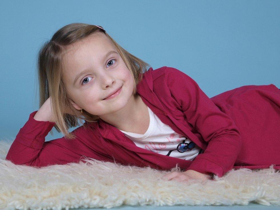 12. ALŽBĚTA MARIE ŠTOLOVÁ, 5 let, Hvížďalka u Loun.