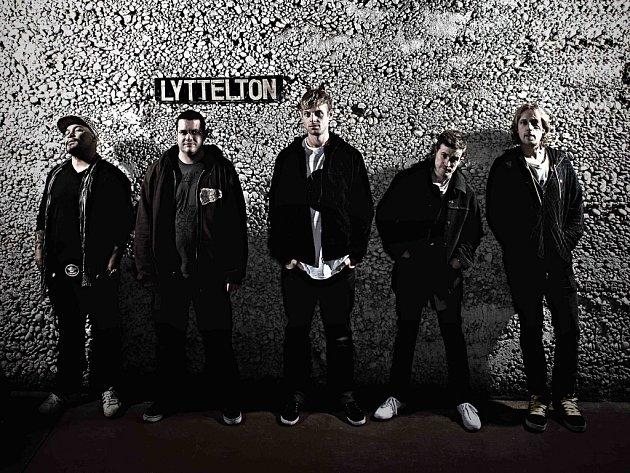 Shapeshifter patří mezi rytmické jistoty letošního festivalu Rock for Churchill.