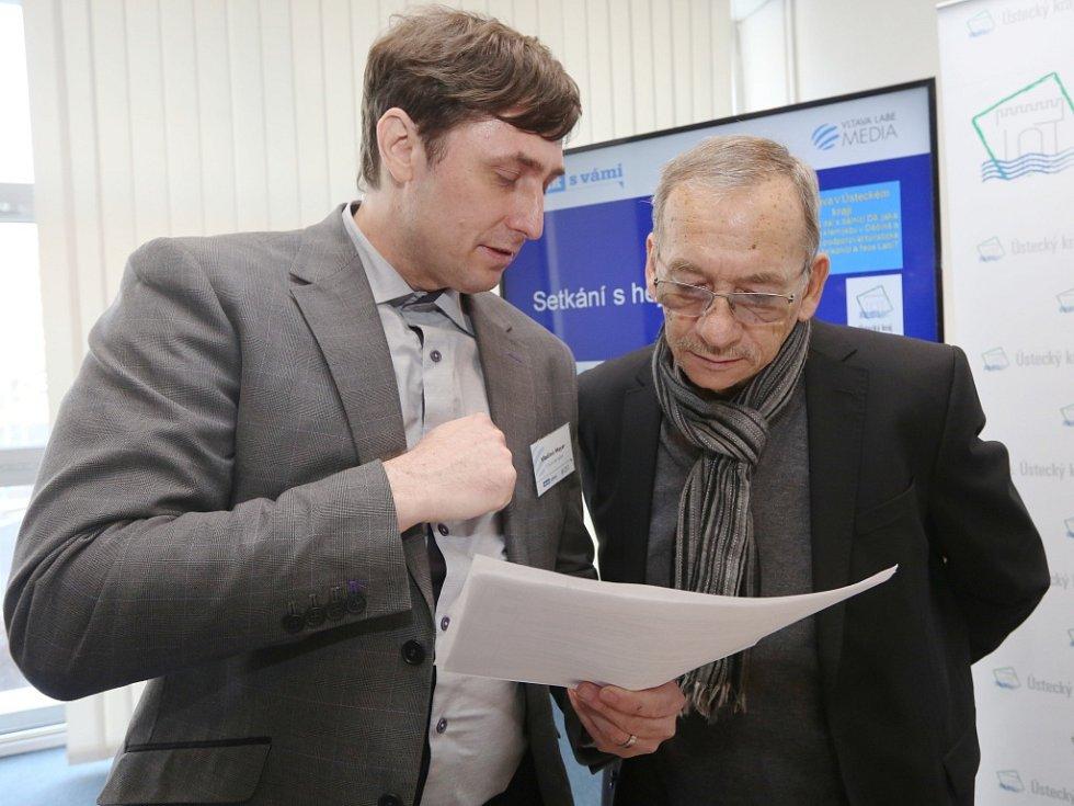 Šéfredaktor Vladimír Mayer se senátorem a teplickým primátorem Jaroslavem Kuberou.