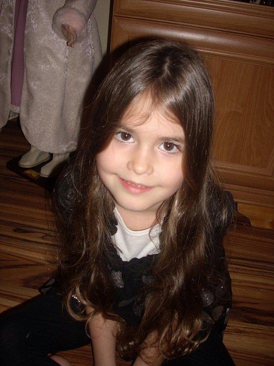 48. KLÁRKA ŠTROUGALOVÁ, 5 let, Ústí nad Labem.