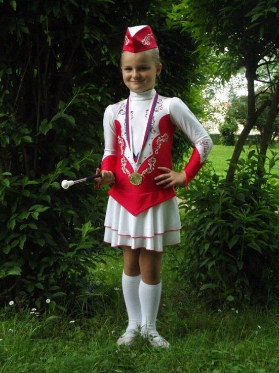 60. ADÉLKA ŘEHÁNKOVÁ, 7 let, Děčín.