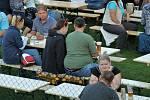 31. Chlumecký guláš v Zámeckém parku v Chlumci. V pátek, tedy v první festivalový den, zahrály skupiny Kamelot a Cop.