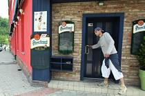 Restaurace U Kroupů má zavřeno.